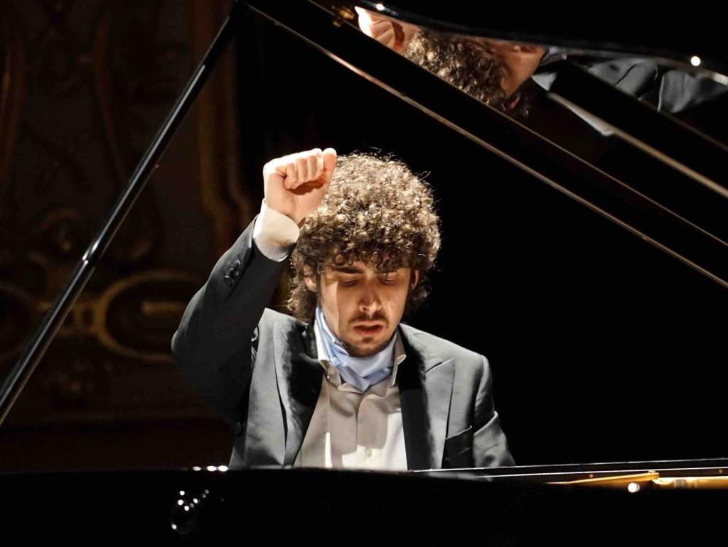 Федерико Колли - молодой итальянский музыкант