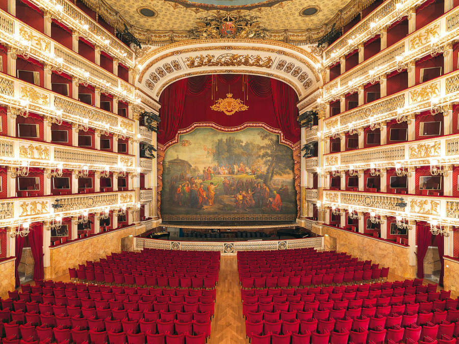сан карло - один из самых красивых театров в мире