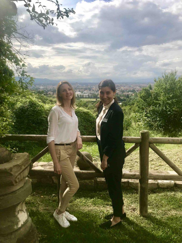 С Севдой, русскоговорящей девушкой из Виллы Толомей