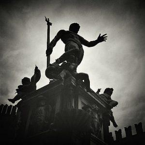 статуя нептуна в болонье